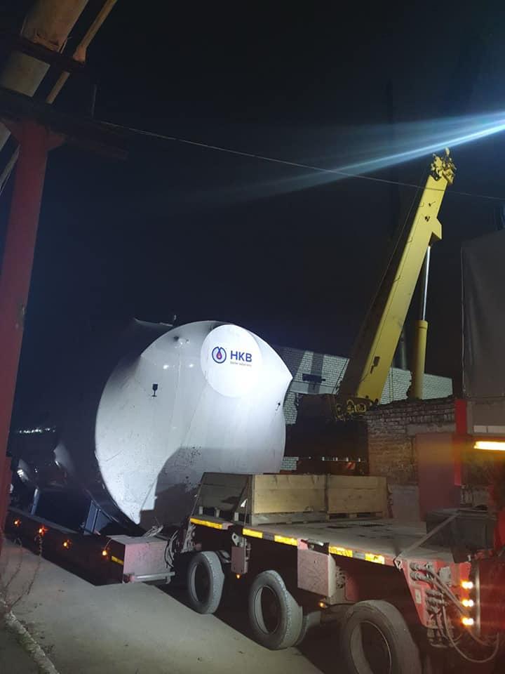 Огромный агрегат провезли по улицам Николаева в котельную на Намыве (ФОТО) 3