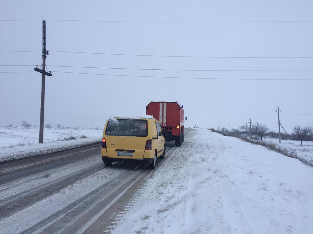 Снег все ближе, на севере Николаевщины уже замело (ФОТО) 3