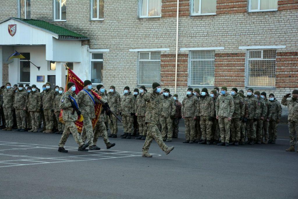 Теперь точно вернулись: в Николаеве встретили десантников 79-ки, возвратившихся с Донбасса (ФОТО) 5