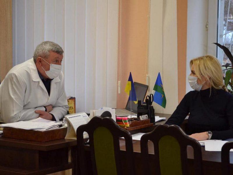 В том, что сотрудники Николаевской областной больницы перед праздниками остались без зарплаты, главврач не виноват – глава Николаевского облсовета (ФОТО)
