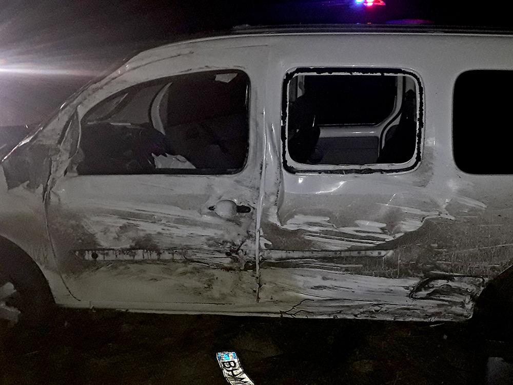 Ночное ДТП в Веселиново – водитель микроавтобуса в тяжелом состоянии в больнице (ФОТО) 1