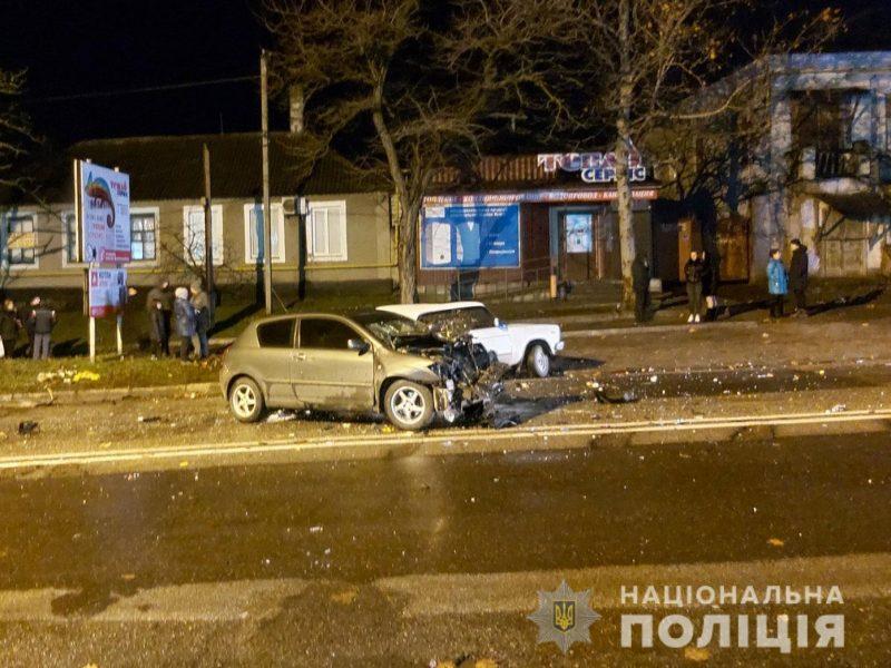 Вечернее ДТП в Вознесенске: пострадали молодой мужчина и ребенок (ФОТО)
