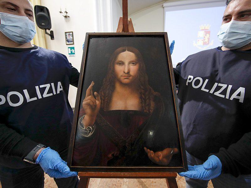 500-летнюю копию картины Леонардо да Винчи «Спаситель мира» нашли в неаполитанской квартире