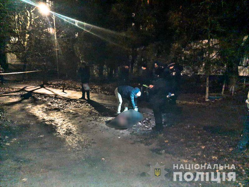 В Николаеве местный житель убил знакомого — за долг в 100 грн. (ФОТО)