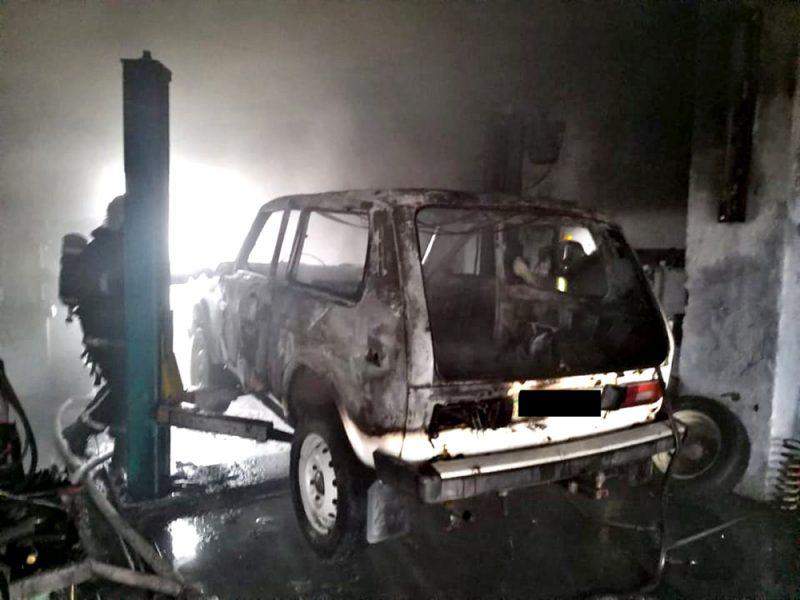 Пять пожаров в жилье и сгоревшая «Нива» на СТО – что тушили спасатели Николаевщины за сутки (ФОТО)