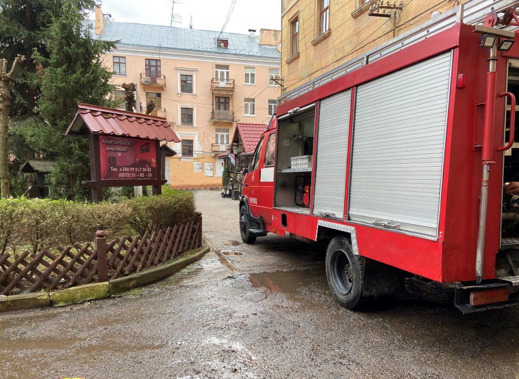 В многоэтажке Черновцов взорвался туристический газовый баллон – хозяин квартиры с ожогами в больнице (ФОТО) 1