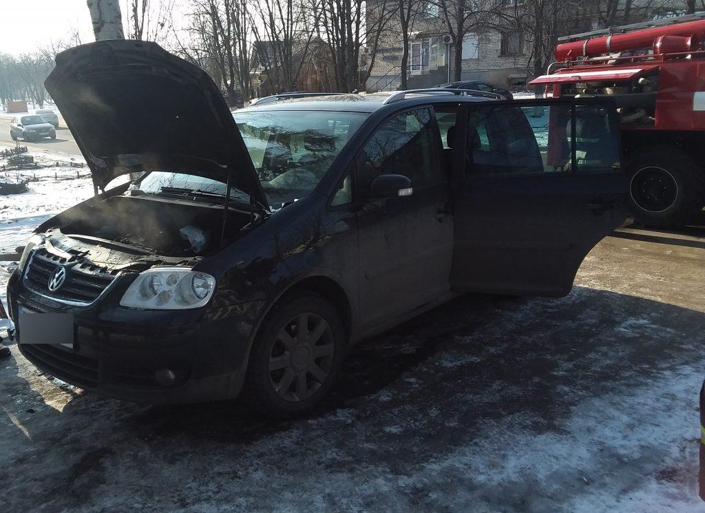 В воскресенье спасатели Николаевщины тушили автомобили, хозпостройки и жилые дома (ФОТО) 5