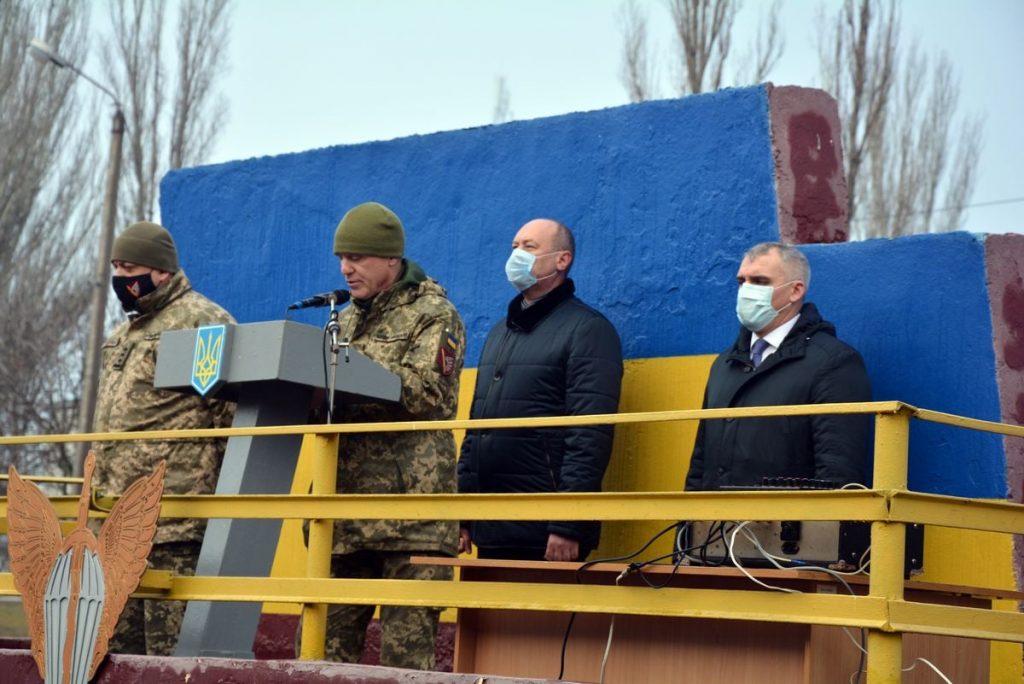 Теперь точно вернулись: в Николаеве встретили десантников 79-ки, возвратившихся с Донбасса (ФОТО) 7