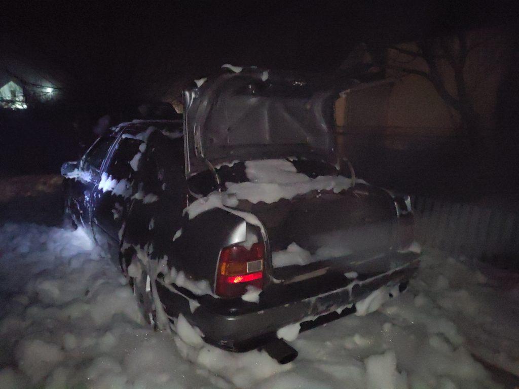 В Баштанке на пожаре дома хозяйка получила ожоги, во Врадиевке горел автомобиль (ФОТО) 5