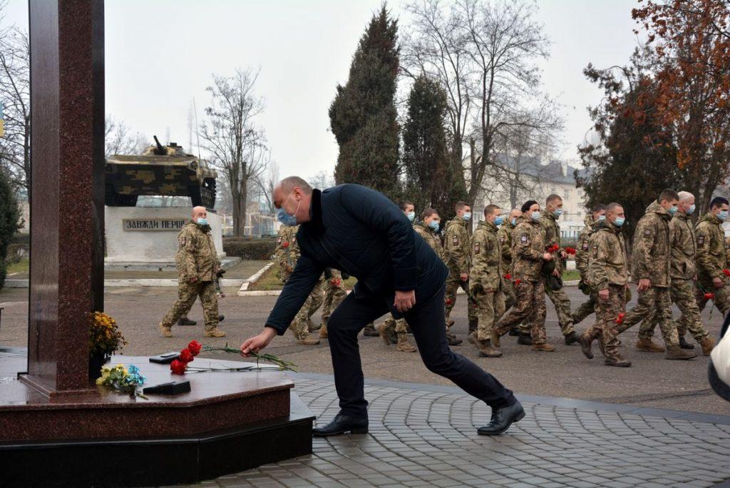 Теперь точно вернулись: в Николаеве встретили десантников 79-ки, возвратившихся с Донбасса (ФОТО) 9