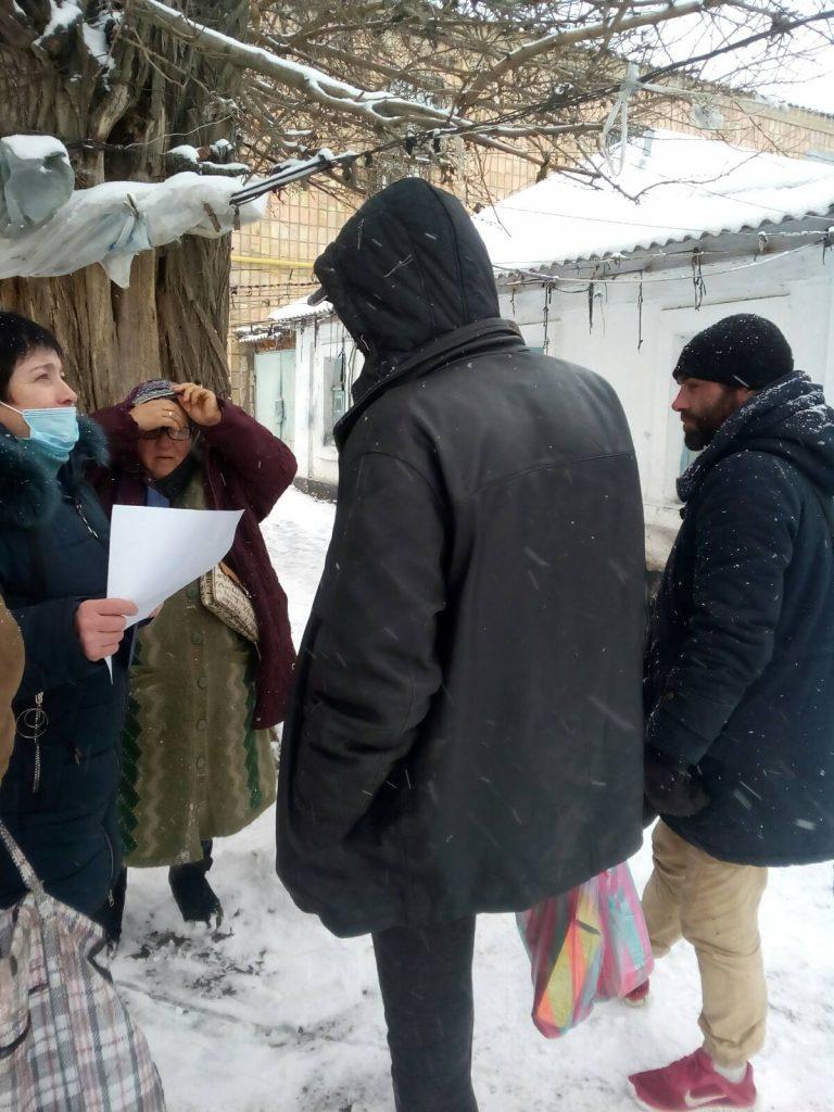 В Николаеве для бездомных работают пункты горячего питания и выдачи теплой одежды (ФОТО) 13