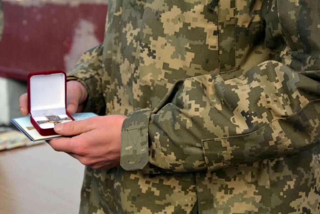Теперь точно вернулись: в Николаеве встретили десантников 79-ки, возвратившихся с Донбасса (ФОТО) 17