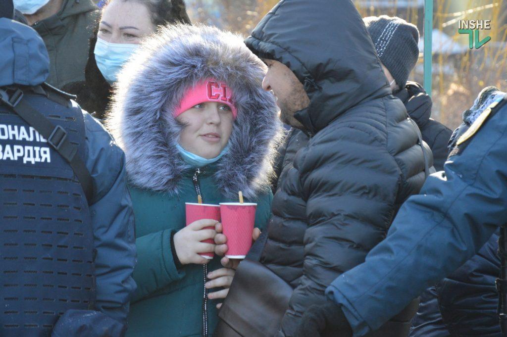 Крещение в Николаеве: сотни горожан пришли на Нижний БАМ искупаться в Ингуле (ФОТО) 25