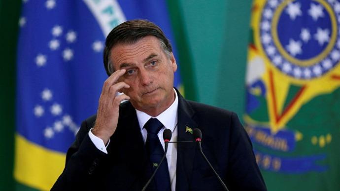 Жадный диктатор. Президента Бразилии обвиняют в убиствах вождей племен ради вырубки амазонских лесов