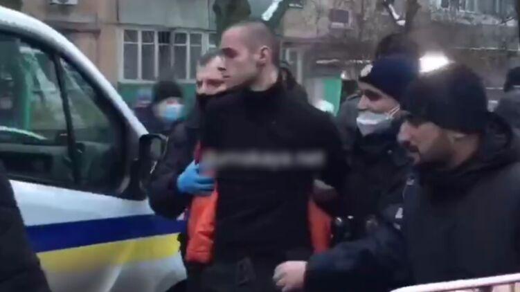Наркоман отрезал голову отцу, возомнив себя богом, – подробности жуткого убийства в Одессе