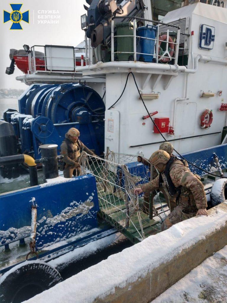 Схема. Из Одессы моряков незаконно отправляли в Крым, - СБУ (ФОТО) 9