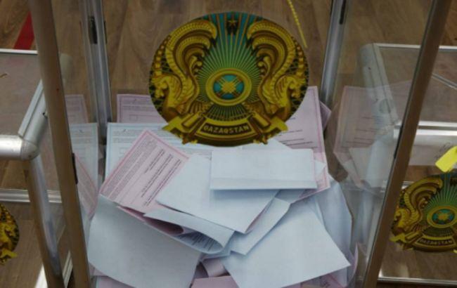Выборы в Казахстане: экзит-пол показал победу партии Назарбаева