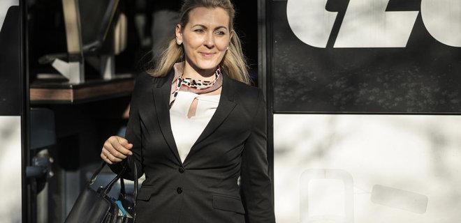 После обвинения в плагиате министр труда Австрии подала в отставку