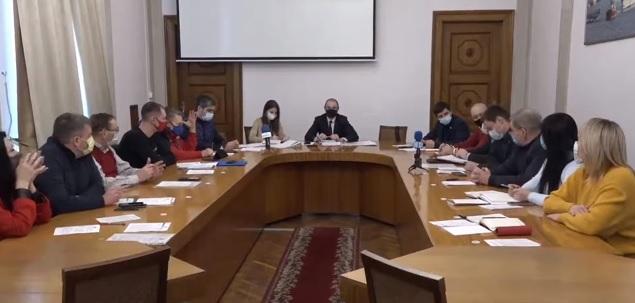 Денег нет, но вы держитесь: в бюджете Николаева нет средств на то, чтобы сделать городской выставочный зал доступным для людей с инвалидностью