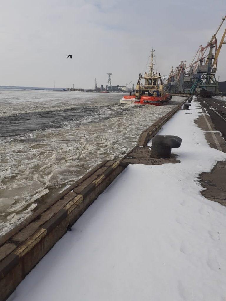 Второй раз за сезон в портах Николаева объявлена ледовая кампания (ФОТО) 1