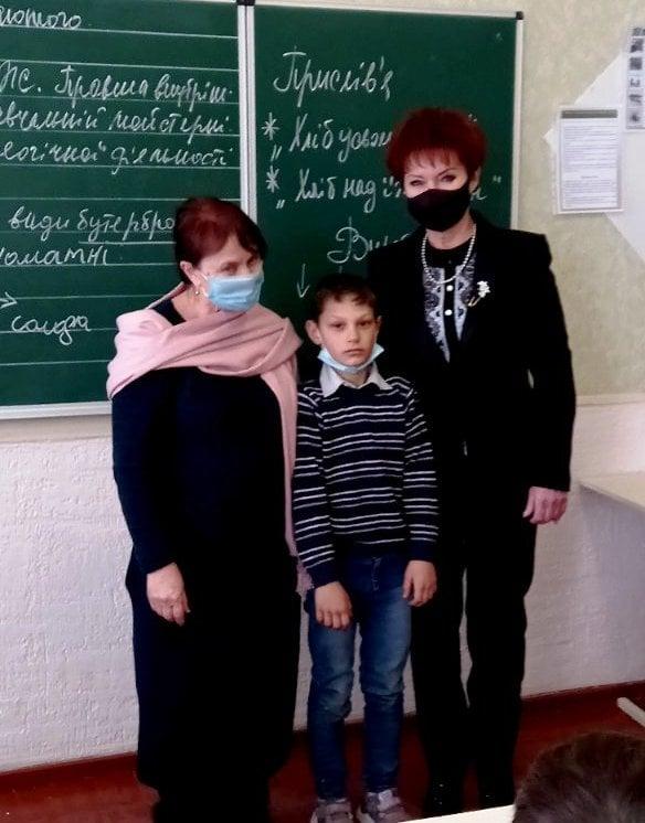 В Николаевской области пятиклассник спас жизнь первоклашки, провалившегося под лед (ФОТО) 1