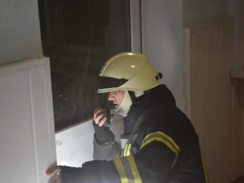 Ночью в Одессе горел роддом: эвакуировали 16 новорожденных (ФОТО)