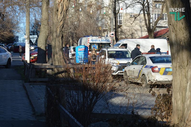 Не поделили дорогу: в центре Николаева в ДТП пострадали две иномарки (ФОТО) 1