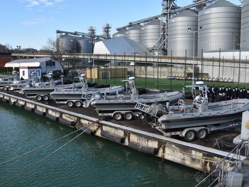 10 скоростных катеров, свыше 70 надувных лодок: украинские моряки получили очередную помощь от США (ФОТО)
