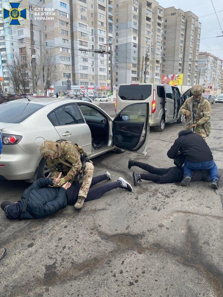 В Николаеве спецназ СБУ задержал трех человек из «банды Апти», подозреваемых в вымогательстве. ОБНОВЛЕНО (ФОТО) 1