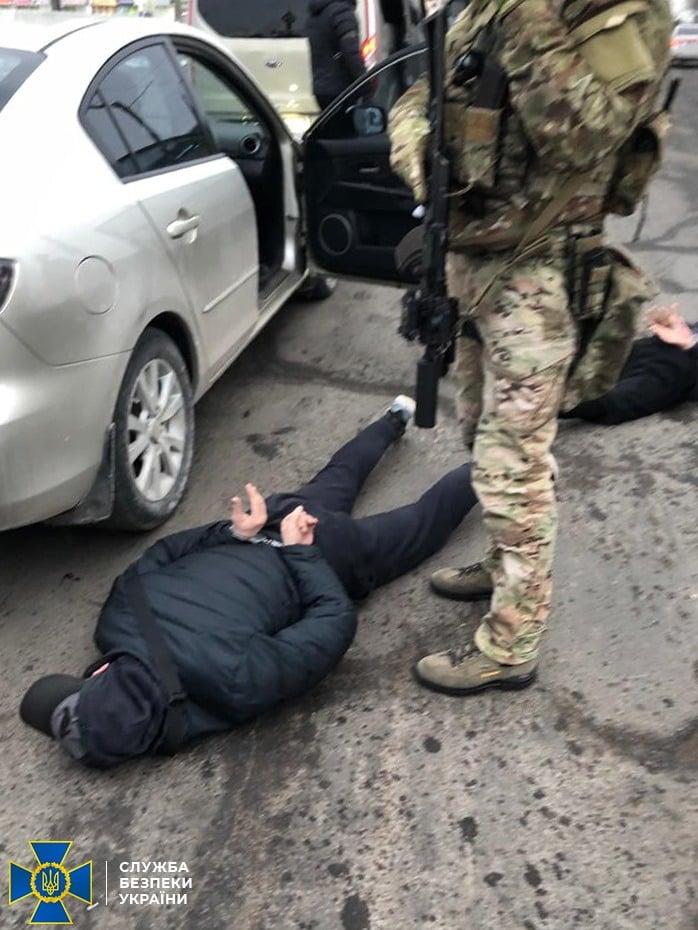 В Николаеве спецназ СБУ задержал трех человек из «банды Апти», подозреваемых в вымогательстве. ОБНОВЛЕНО (ФОТО) 3