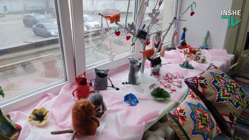 Игрушки и шерстяная акварель Елены Мищенко: в Николаеве открылась «теплая» выставка (ФОТО, ВИДЕО) 3