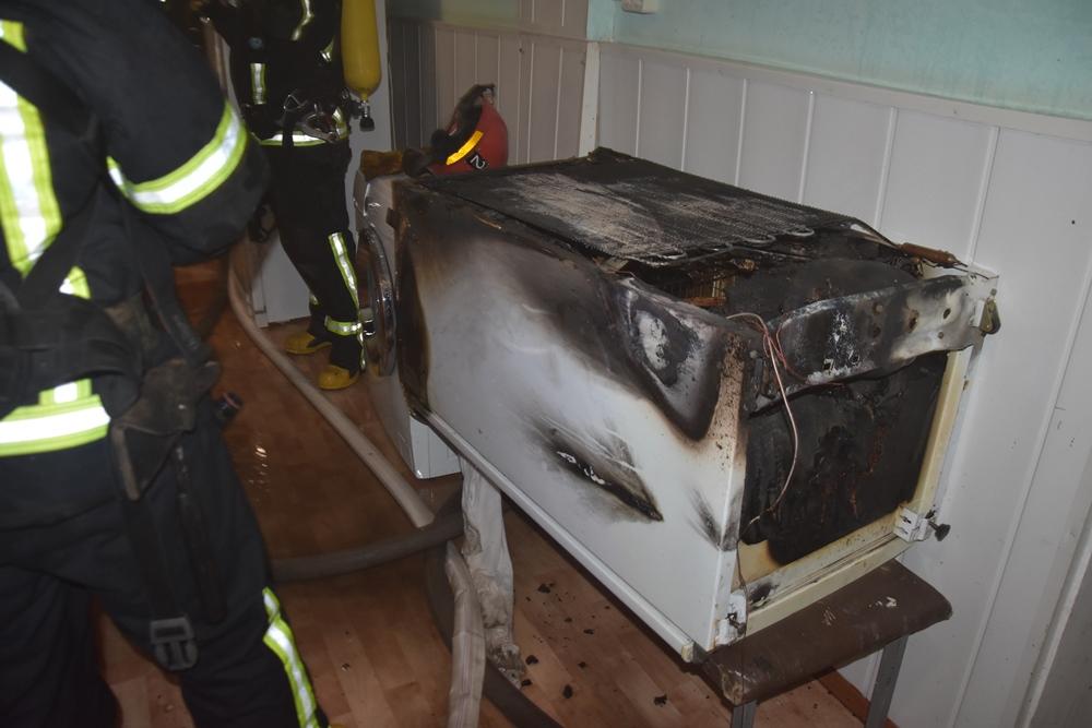 Ночью в Одессе горел роддом: эвакуировали 16 новорожденных (ФОТО) 1