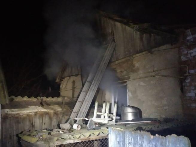 В Николаевской области на пожарах в жилье ожоги разной степени получили двое мужчин – один в тяжелом состоянии (ФОТО)