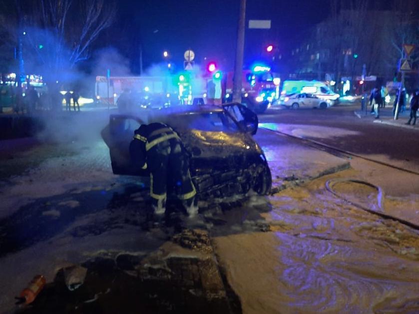 Вечером и ночью в Николаеве горели два автомобиля (ФОТО) 5