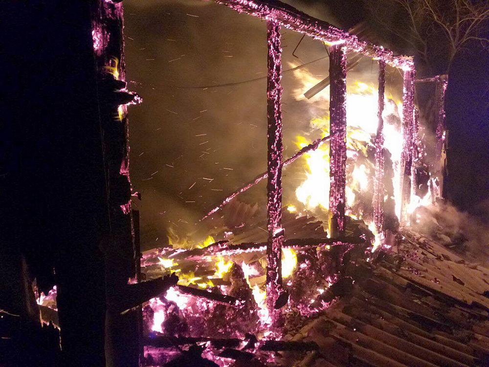 В Нечаянской ОТГ выгорел камыш на площади 5 тыс.кв.м, в Баштанском районе – 15 тонн сена (ФОТО) 1