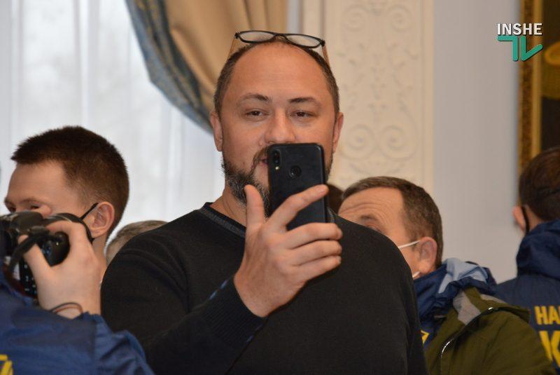Николаевский горсовет осудил поступок депутата Невенчанного с публикацией фото Путина (ФОТО, ВИДЕО)