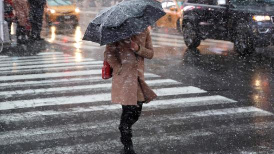 Спешите купить ледоступы: метеорологи на пятницу обещают Николаеву циклон с дождем, снегом и гололедом