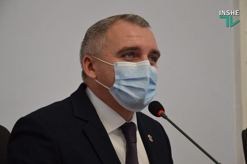 Мэр Николаева временно отказался от прямых эфиров в соцсетях из-за проклятий (ВИДЕО)