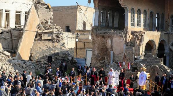 Папа Франциск помолился в бывшей «столице» ИГИЛ (ВИДЕО)