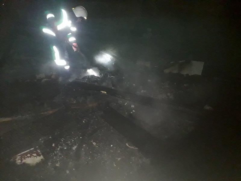 За сутки спасатели потушили 7 пожаров в экосистемах и хозпостройку (ФОТО)