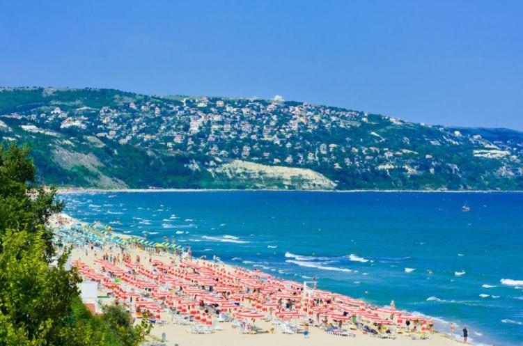 Болгария открывается для туристов с мая