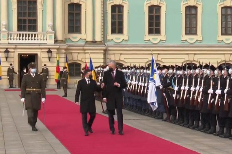 Начался визит президента Литвы в Украину (ВИДЕО)
