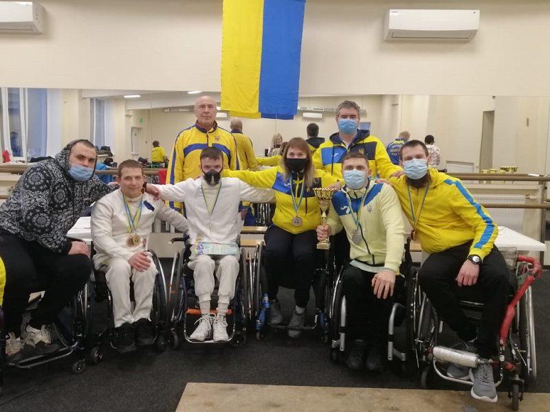 Николаевские спортсмены добыли 8 медалей на Кубке Украины по фехтованию на колясках