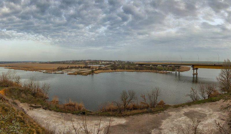 После сброса сточных вод Криворожских предприятий в Ингулец сделали анализ воды в Снигиревке — ПДК хлоридов, сульфатов и железа зашкаливает