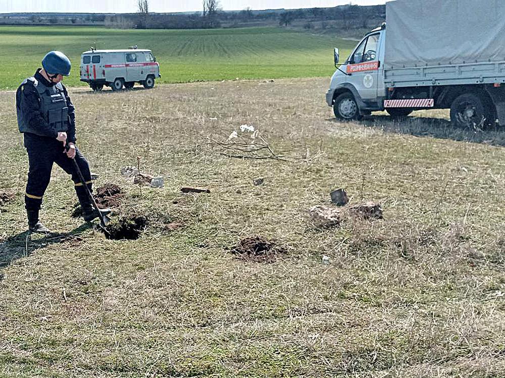 На Николаевщине пастух нашел минометную мину (ФОТО) 3