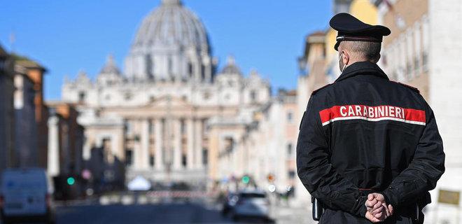 «Шпион, выйди вон»: Италия высылает двух российских дипломатов, заподозренных в шпионаже