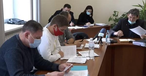 Депутаты прислушались к Владиславу Чайке и перенесли рассмотрение программы «Николаевводоканала» на неделю (ВИДЕО)