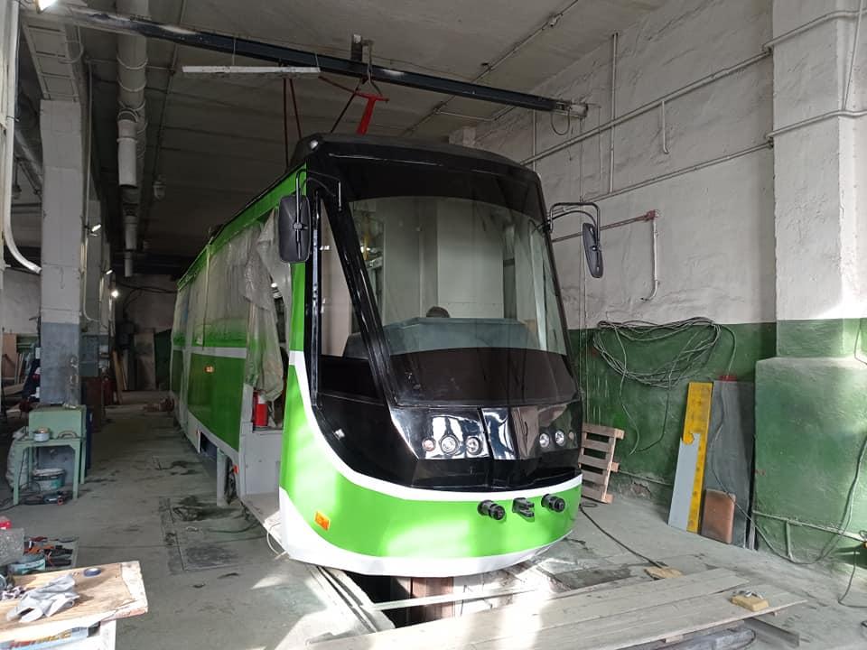 Первая пташка. Как на базе «КТМ-5» в Николаеве создают новый трамвай (ФОТО) 3