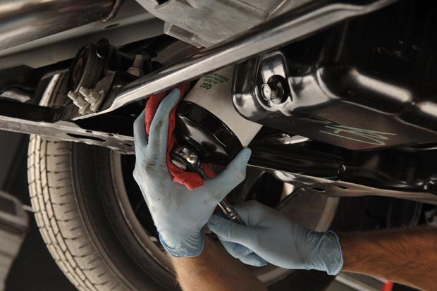 Для чего нужны автомобильные фильтры и как часто их менять?