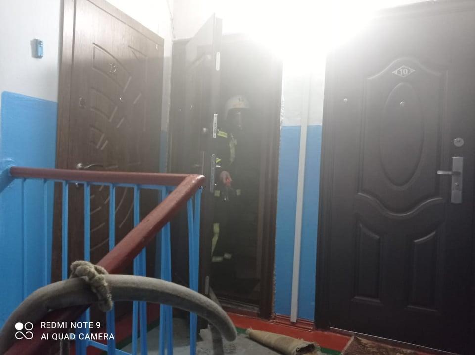 В Вознесенске горела квартира, соседей пришлось эвакуировать (ФОТО) 7